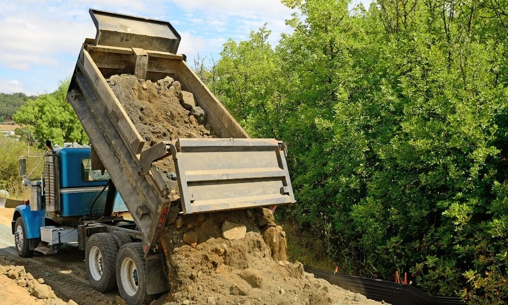 How To Prevent Dump Truck Tip-Overs