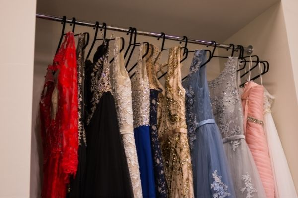 Tips for How To Store Evening Wear