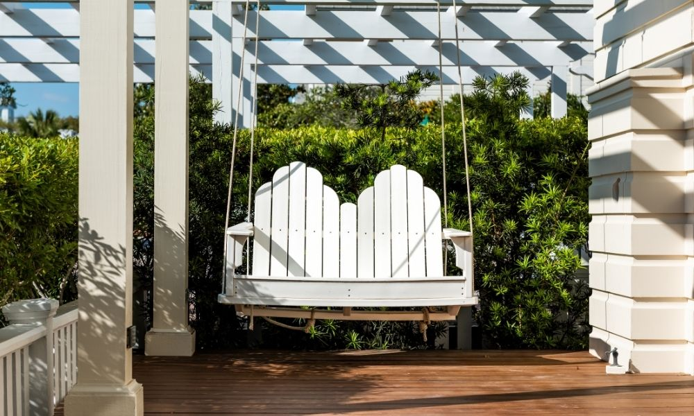 5 DIY Outdoor Furniture Ideas for This Summer