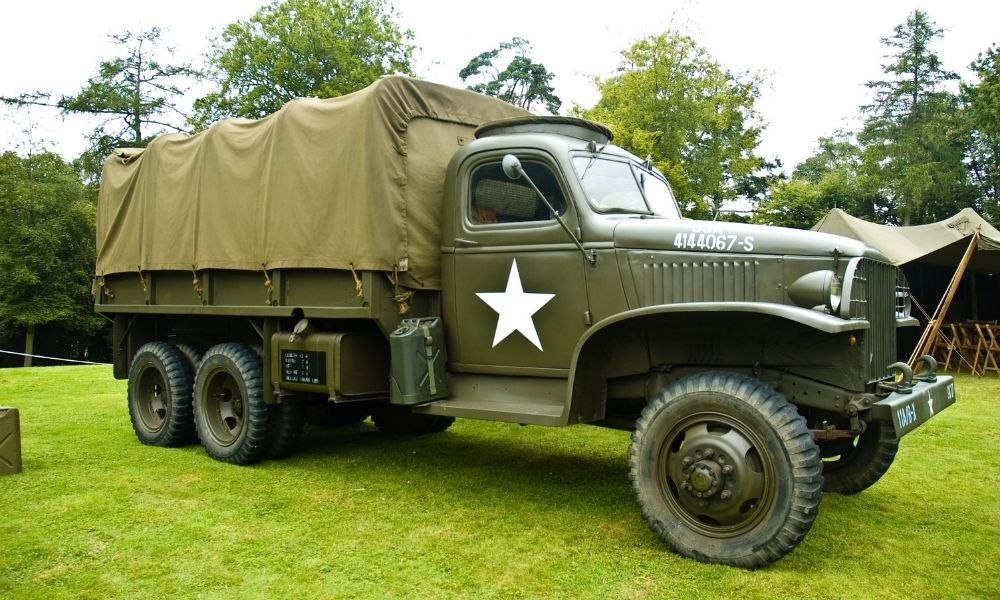 The Role of Lightweight Off-Road Transport Vehicles in WWII