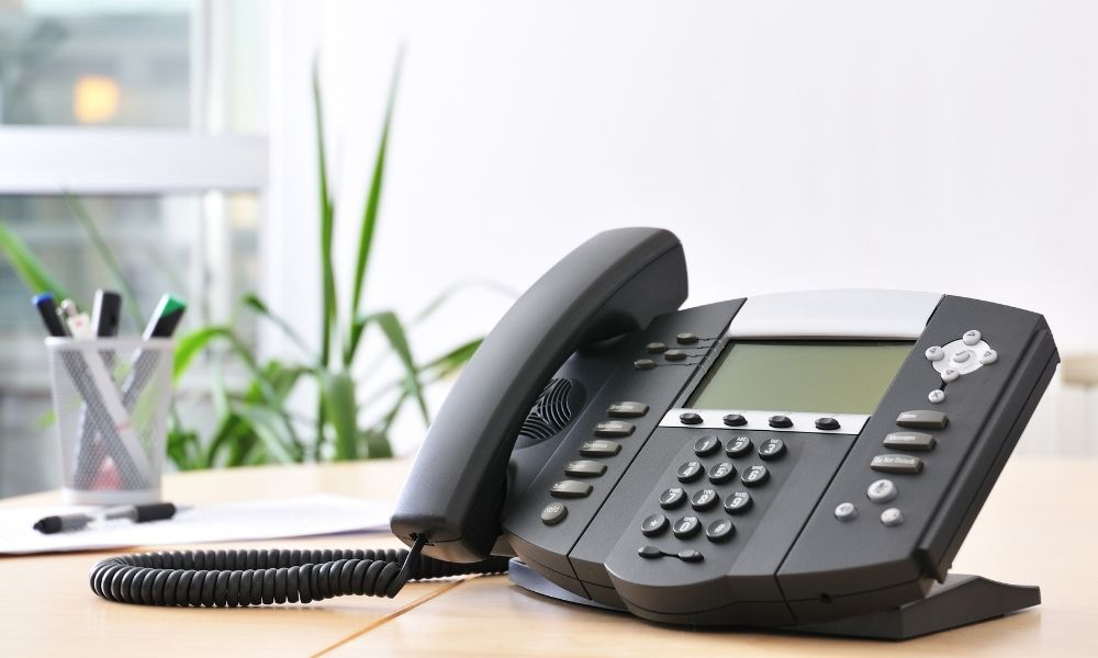 Signs You Need a VoIP Phone System