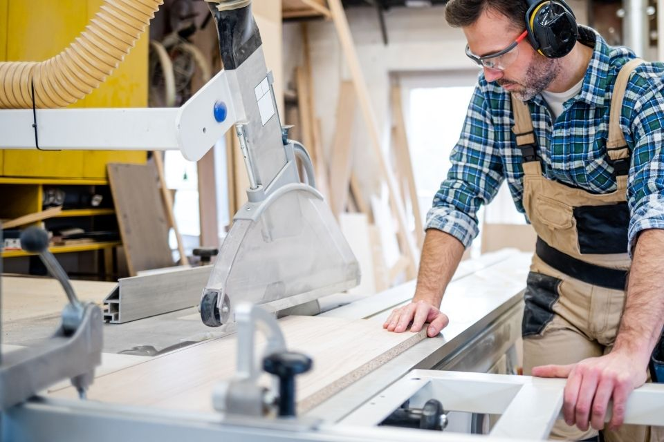 Tips To Increase Efficiency in Your Workshop