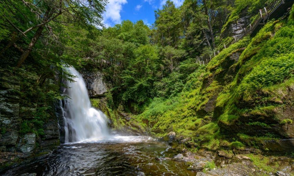 Stunning Waterfalls To Visit in the Poconos