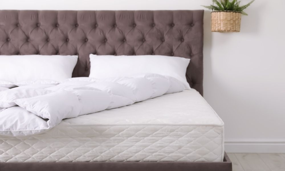 Signs It's Time To Replace Your Mattress