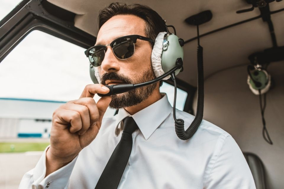 What To Expect When Training To Become a Helicopter Pilot