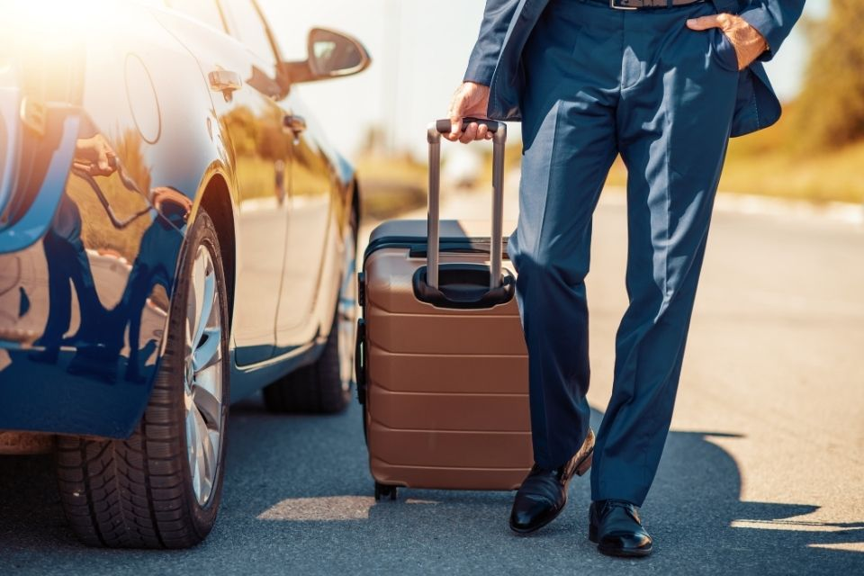 How To Prepare Your Car for a Business Trip