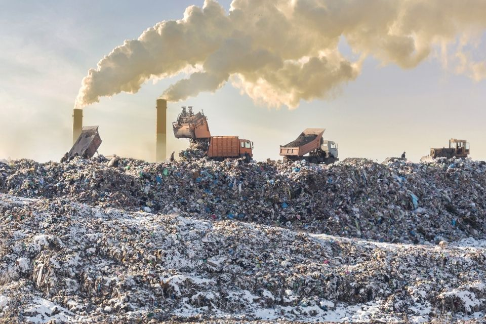 The World's Largest and Most Dangerous Landfills