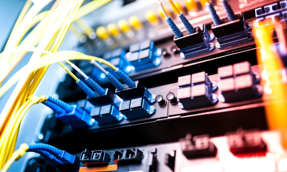 Copper Cable vs. Fiber Optic: Which Option Is Better for You?