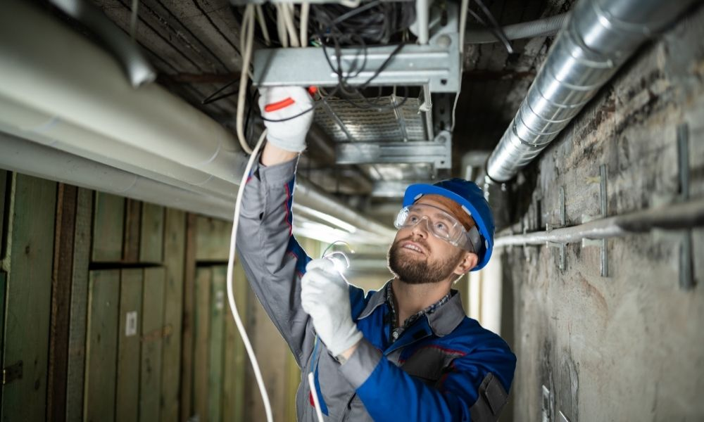 Essential Items an Electrician Needs To Be Successful